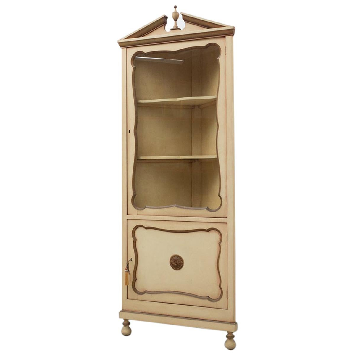 Early 20th Century French Provincial Corner Display Cabinet in Wood