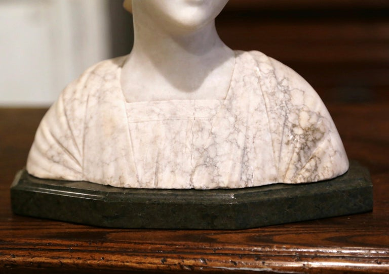 Early 20th Century French Two-Piece Marble Bust Sculpture of Young Beauty In Excellent Condition For Sale In Dallas, TX