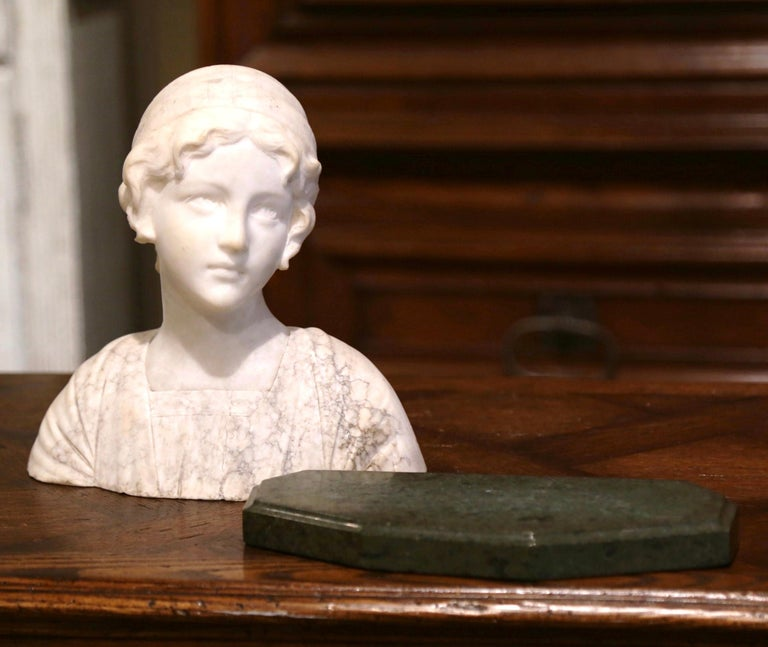 Early 20th Century French Two-Piece Marble Bust Sculpture of Young Beauty For Sale 4