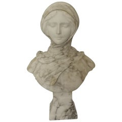 Early 20th Century French Veined Marble Bust of a Girl