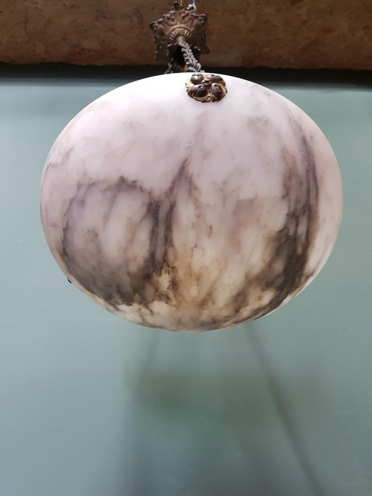 Early 20th Century French White and Grey Veins Alabaster Scale Pendant For Sale 1