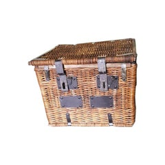 Early 20th Century French Wicker Basket with Metal Hinges and Locks