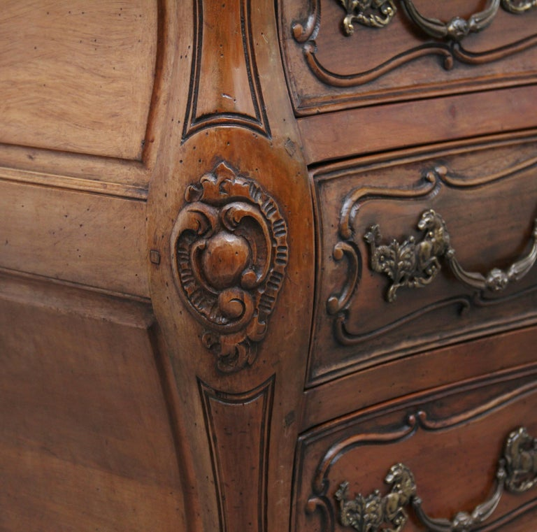 Early 20th Century Fruitwood Commode For Sale 8