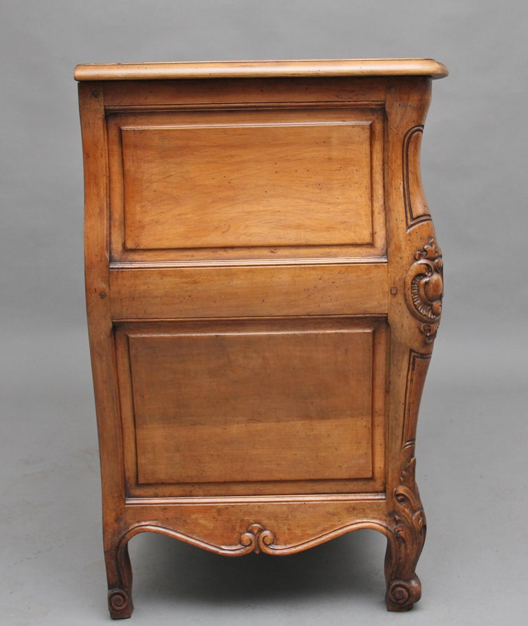 Early 20th Century Fruitwood Commode For Sale 1