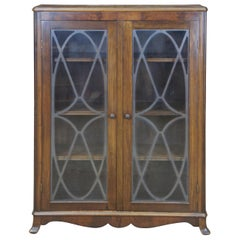 Early 20th Century Georgian Style Walnut Library Bookcase Display Cabinet