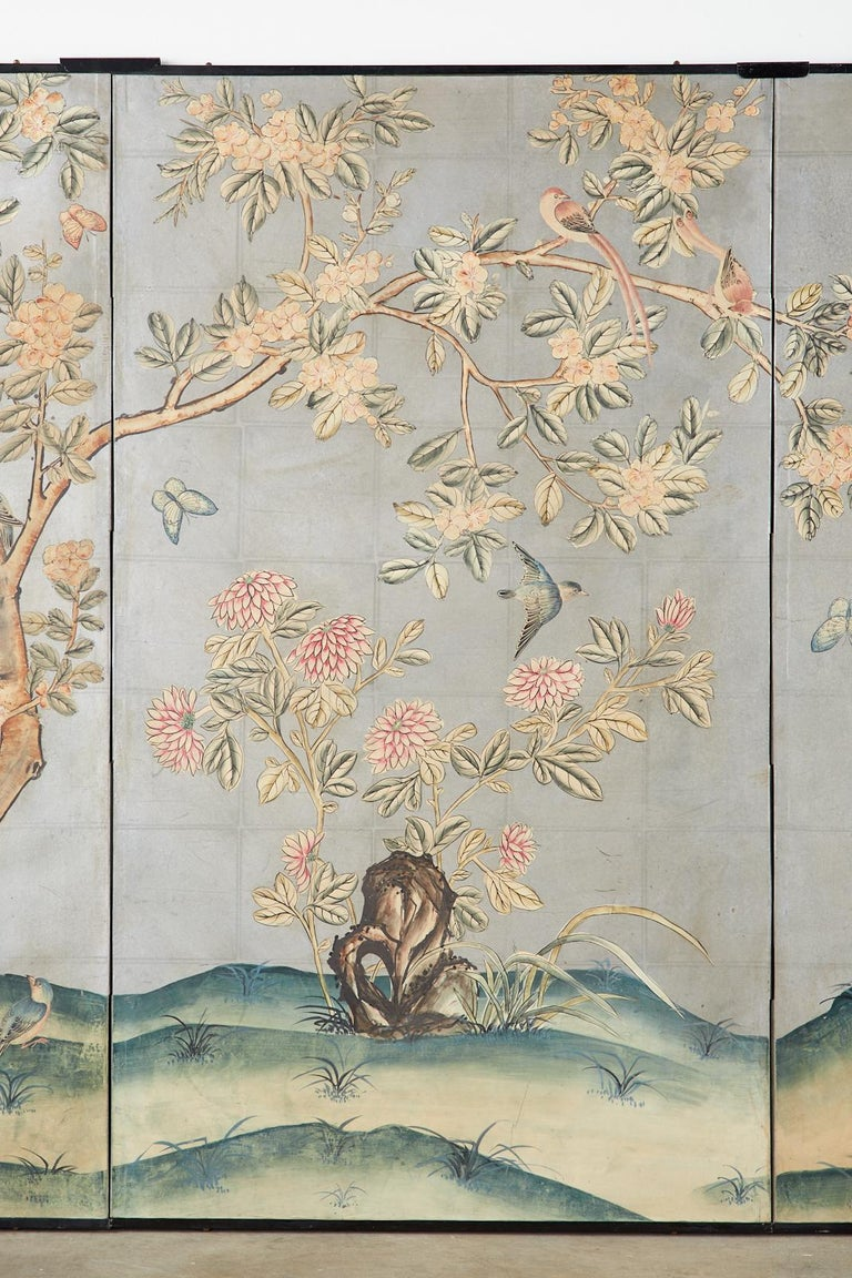 Early 20th Century Gracie Chinoiserie Style Wallpaper Panel Screen In Good Condition For Sale In Oakland, CA