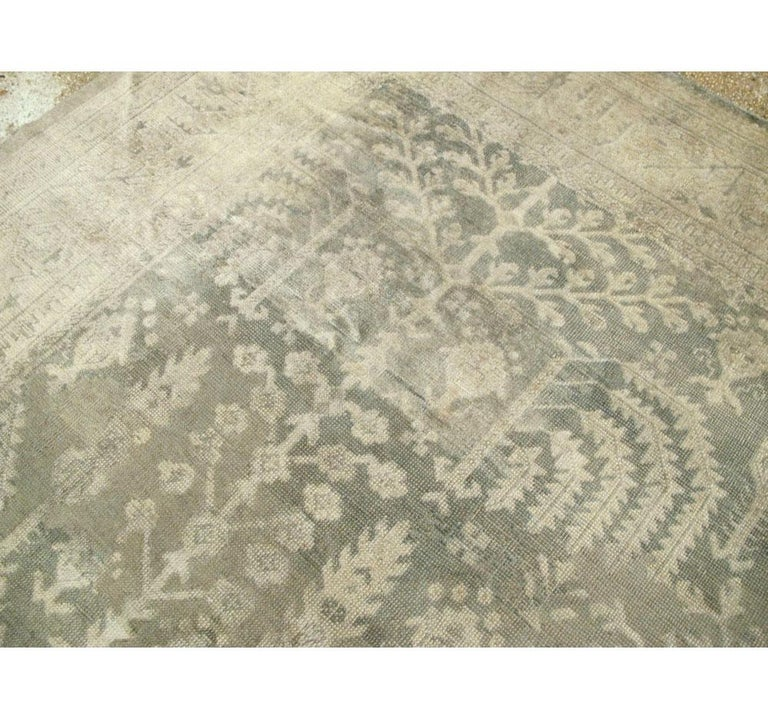 Wool Early 20th Century Grey, Olive, and Beige Large Room Size Turkish Oushak Carpet For Sale