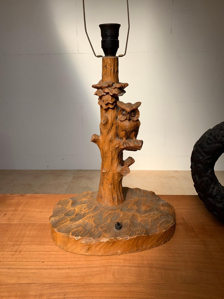 Early 20th Century Hand Carved Wooden Black Forest Owl in Tree Table / Desk Lamp For Sale 11