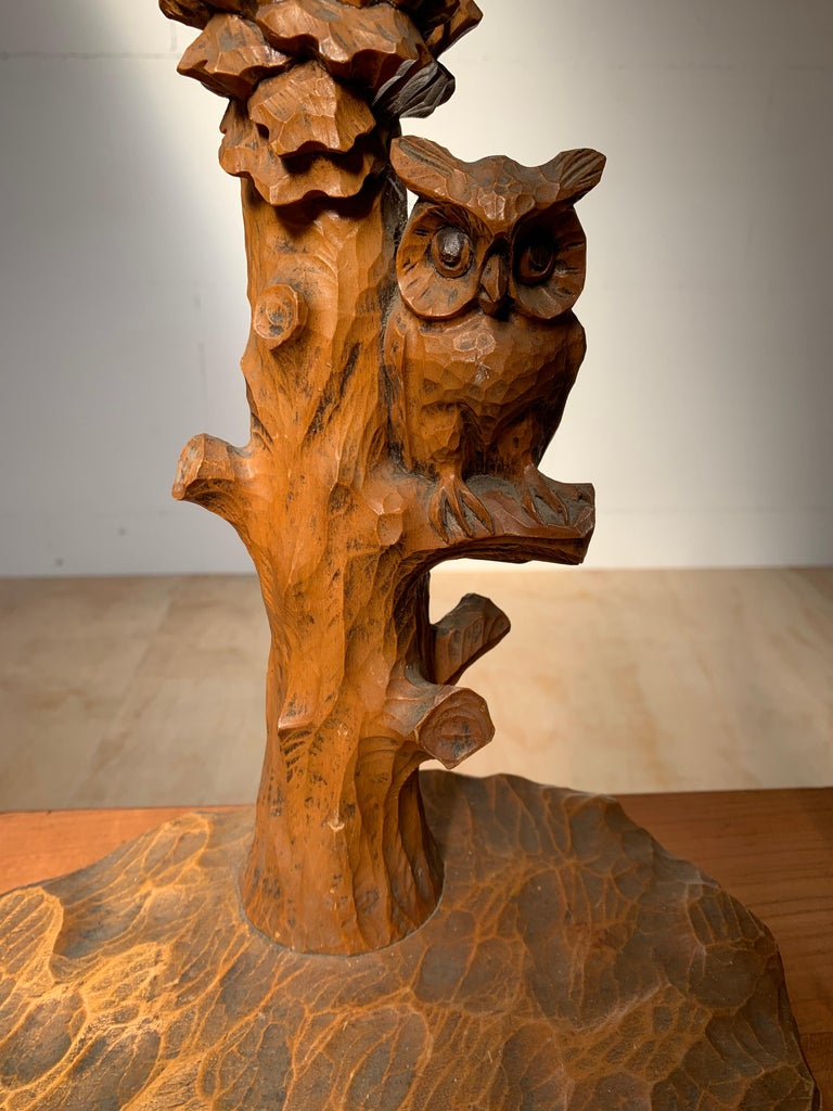 Early 20th Century Hand Carved Wooden Black Forest Owl in Tree Table / Desk Lamp For Sale 12