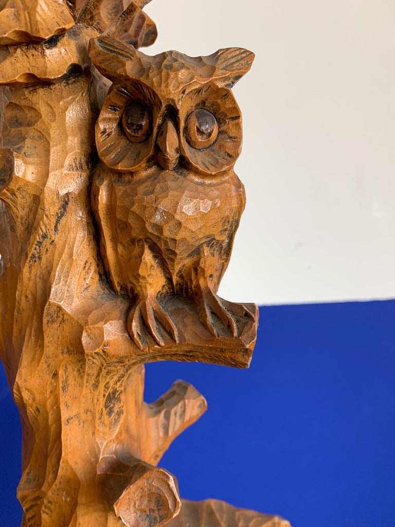 Early 20th Century Hand Carved Wooden Black Forest Owl in Tree Table / Desk Lamp For Sale 14