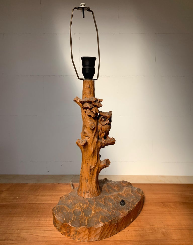 German Early 20th Century Hand Carved Wooden Black Forest Owl in Tree Table / Desk Lamp For Sale