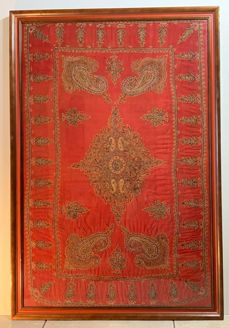 Early 20th Century Hand Embroidery Suzani Wall Hanging For Sale 14
