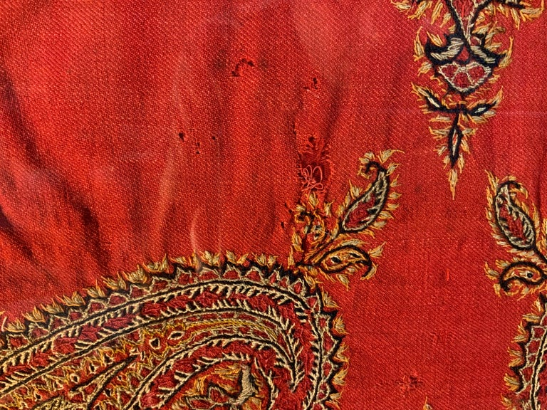 Early 20th Century Hand Embroidery Suzani Wall Hanging For Sale 4