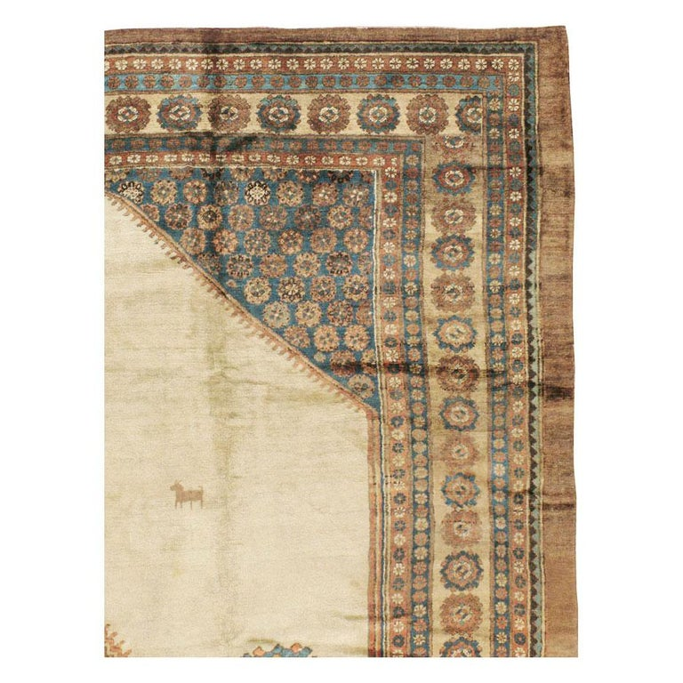 Rustic Early 20th Century Handmade Persian Bakshaish Large Room Size Carpet For Sale