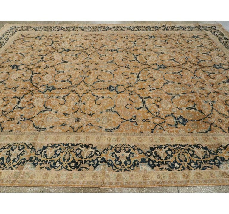 Early 20th Century Handmade Persian Tabriz Large Room Size Carpet For Sale 2