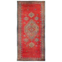 Early 20th Century Handmade Turkish Oushak Gallery Rug in Red