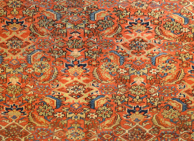 Vegetable Dyed Early 20th Century Heriz Rug For Sale