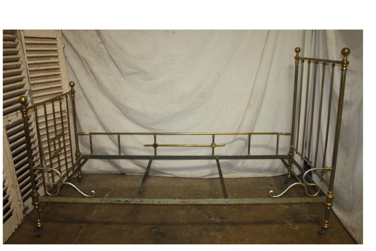 Early 20th Century Iron Bed For Sale 1