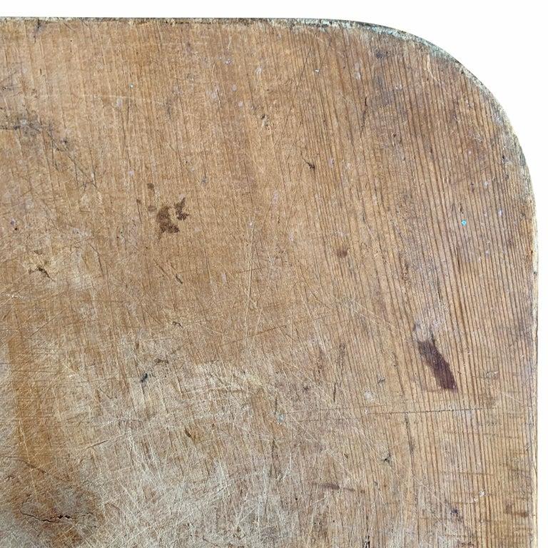 Early 20th Century Italian Breadboard For Sale 3
