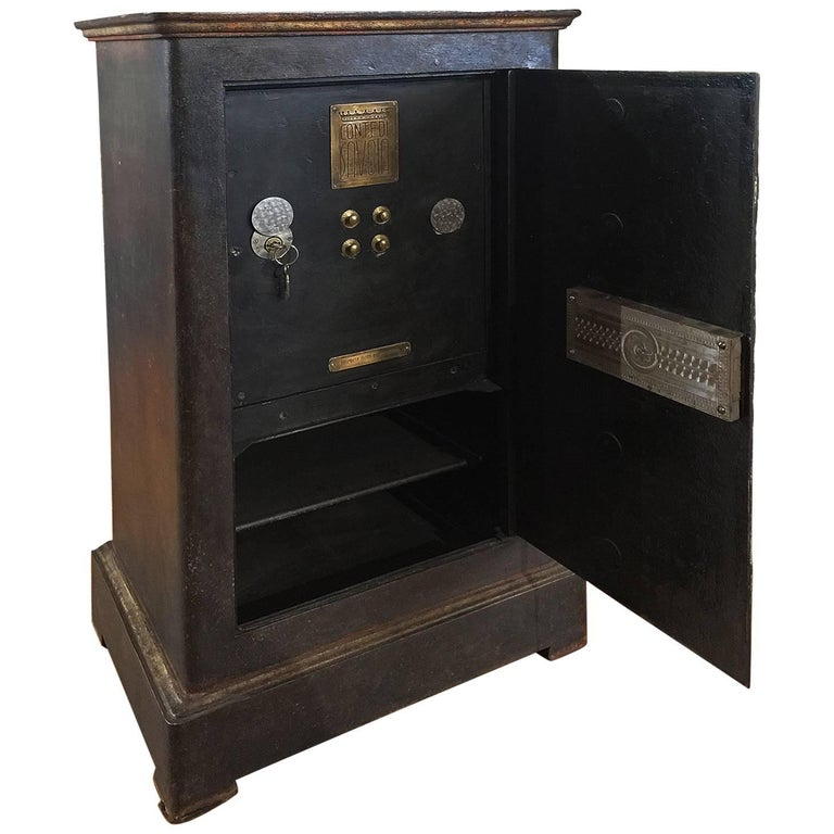 Early 20th Century Italian Cast Iron Safe from the Conte Di Savoia Ocean Liner For Sale