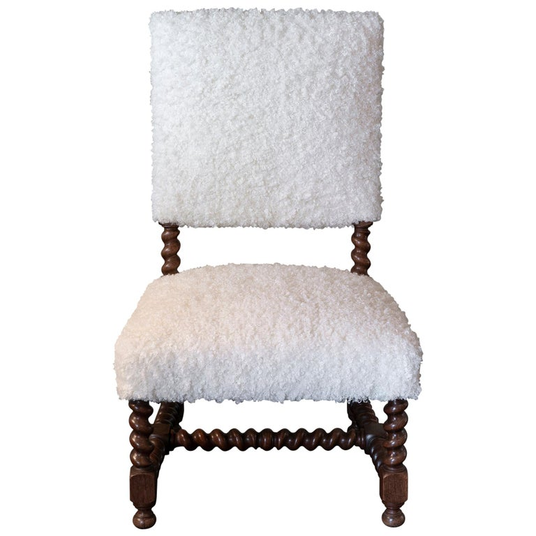 Early 20th Century Italian Chair Walnut and White Curly Wool Fabric For Sale