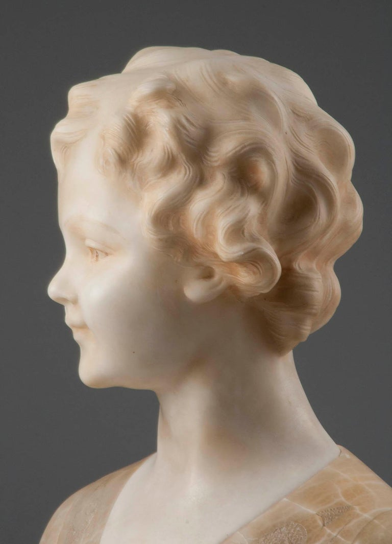 Early 20th Century Italian Marble Bust of a Child by Trefoloni For Sale 5