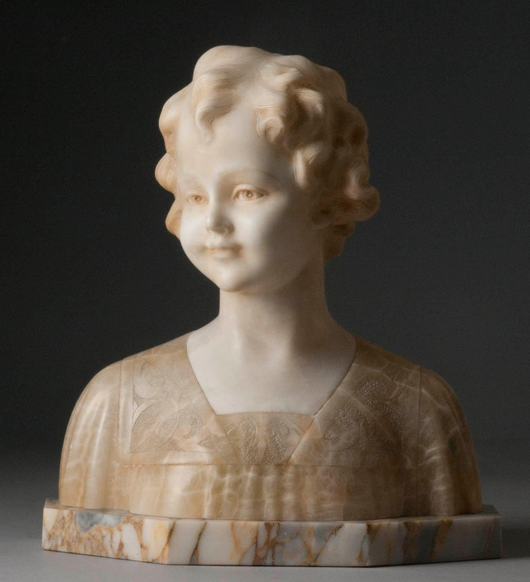 Multicolored alabaster marble statue of a young girl. Signed on the back: A. TREFOLONI (Italy, XIX-XX). The statue has a lovely appearance. The curly hair has a lot of detail, and contrasts nicely with the softness of the childish face. The