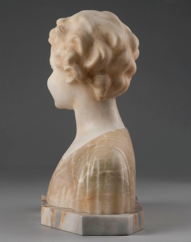 Early 20th Century Italian Marble Bust of a Child by Trefoloni For Sale 2