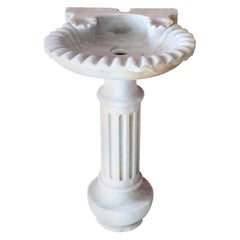 Early 20th Century Italian Marble Shell Sink with Column