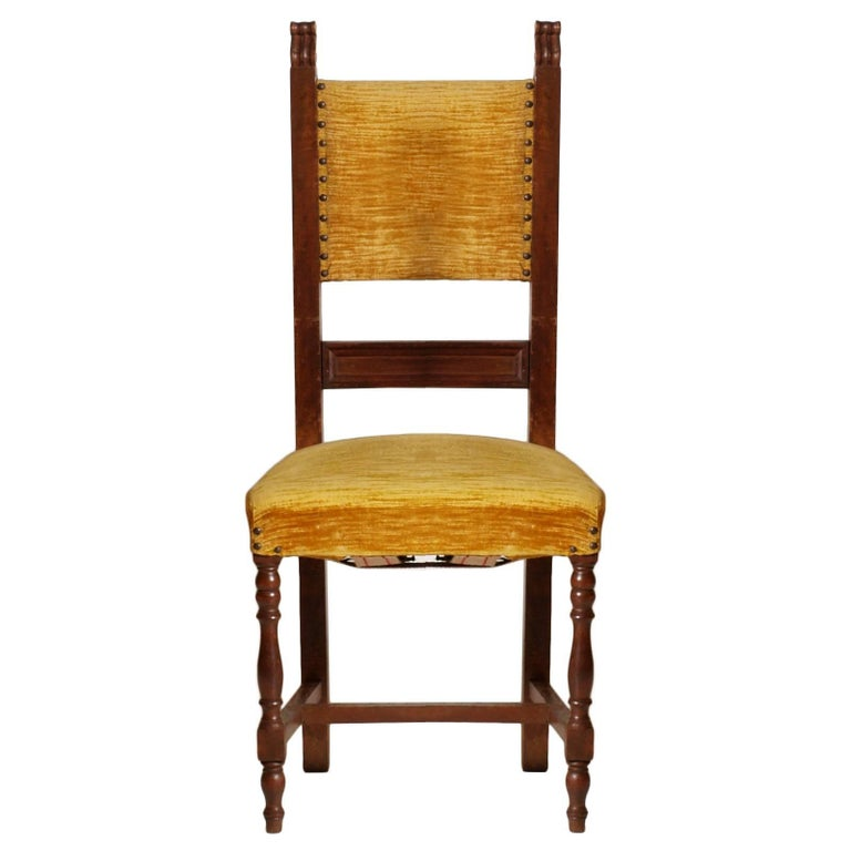 Renaissance Revival Early 20th Century Italian Set Six Renaissance Chairs in Walnut Wax-Polished For Sale