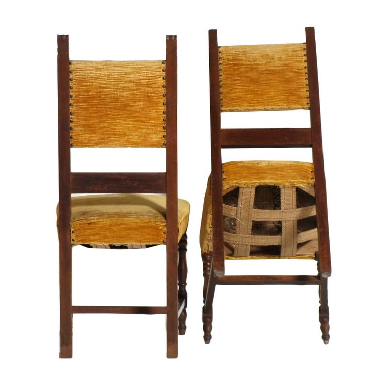 Early 20th Century Italian Set Six Renaissance Chairs in Walnut Wax-Polished In Good Condition For Sale In Vigonza, Padua