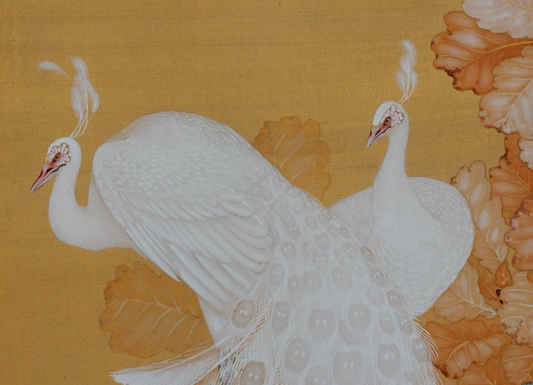 Taisho Early 20th Century Japanese Framed Painting, White Peacocks on Silk and Gold For Sale