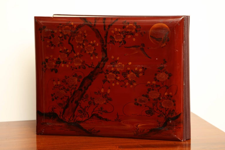 Early 20th Century Japanese Lacquer Album For Sale 4