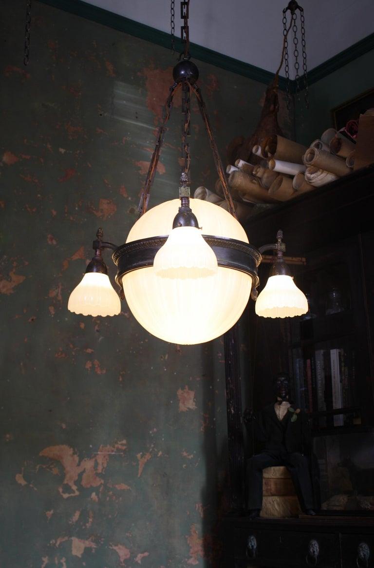Early 20th Century Jefferson & Co. for G.E.C Moonstone Chandelier Light Pendant For Sale 13