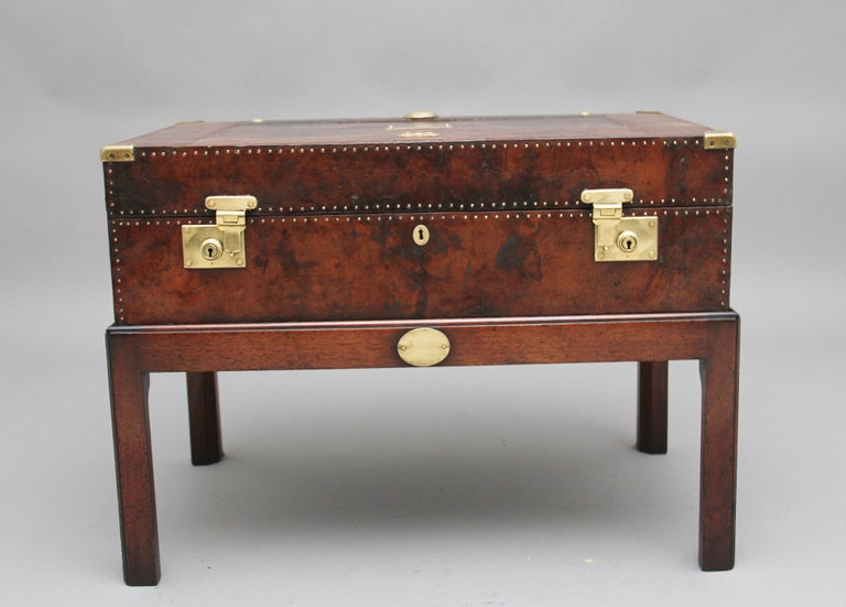 Early 20th Century Leather Bound Ex Army Trunk on Stand In Good Condition In Martlesham, GB