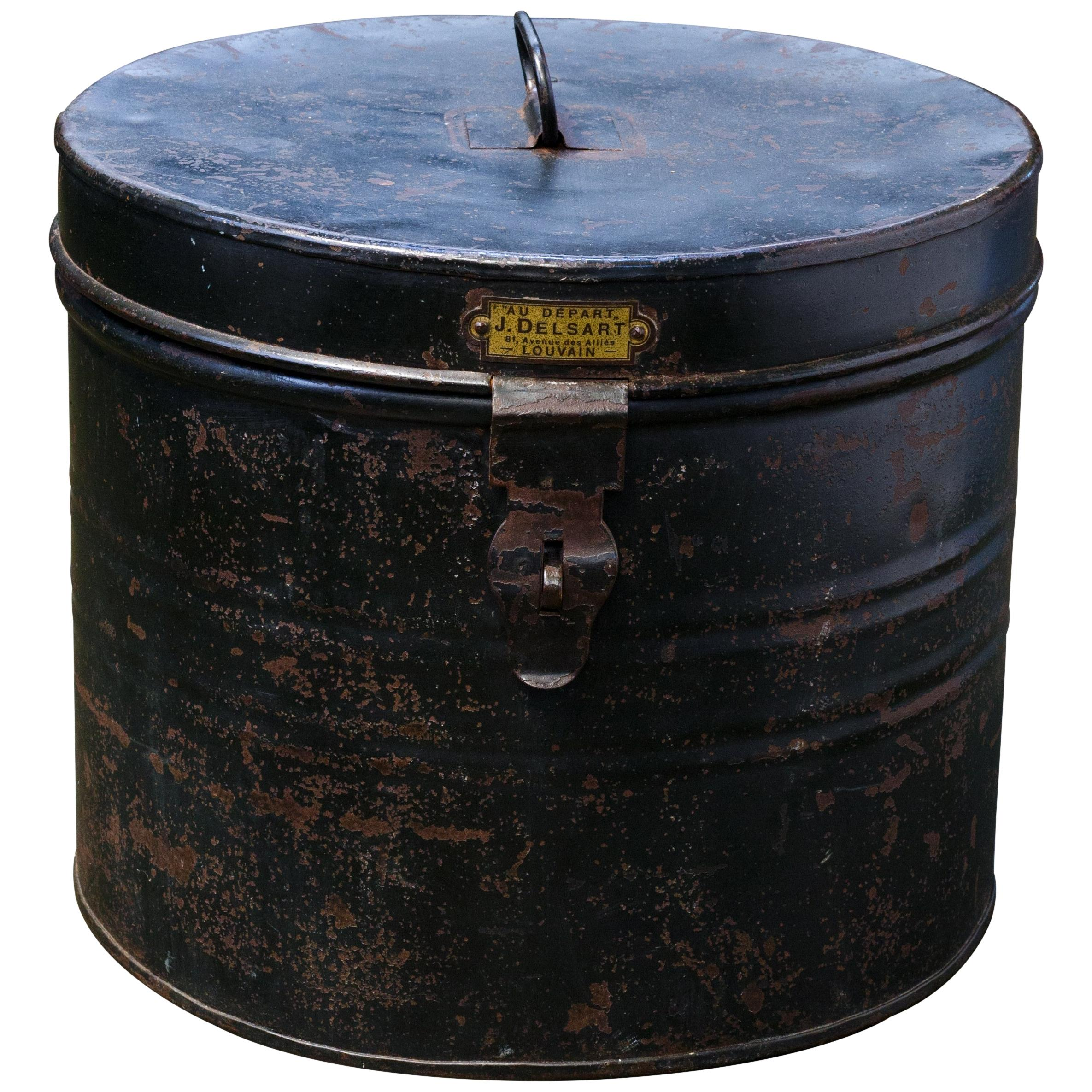 Early 20th Century Lidded Metal Hat Box