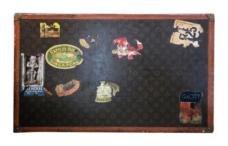 Early 20th Century Louis Vuitton Paris Monogram Canvas Trunk, Travel Suitcase For Sale 5