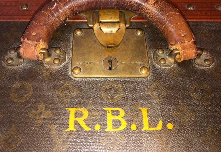 Early 20th Century Louis Vuitton Paris Monogram Canvas Trunk, Travel Suitcase For Sale 1