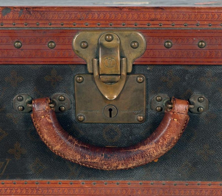 Early 20th Century Louis Vuitton Paris Monogram Canvas Trunk, Travel Suitcase For Sale 2