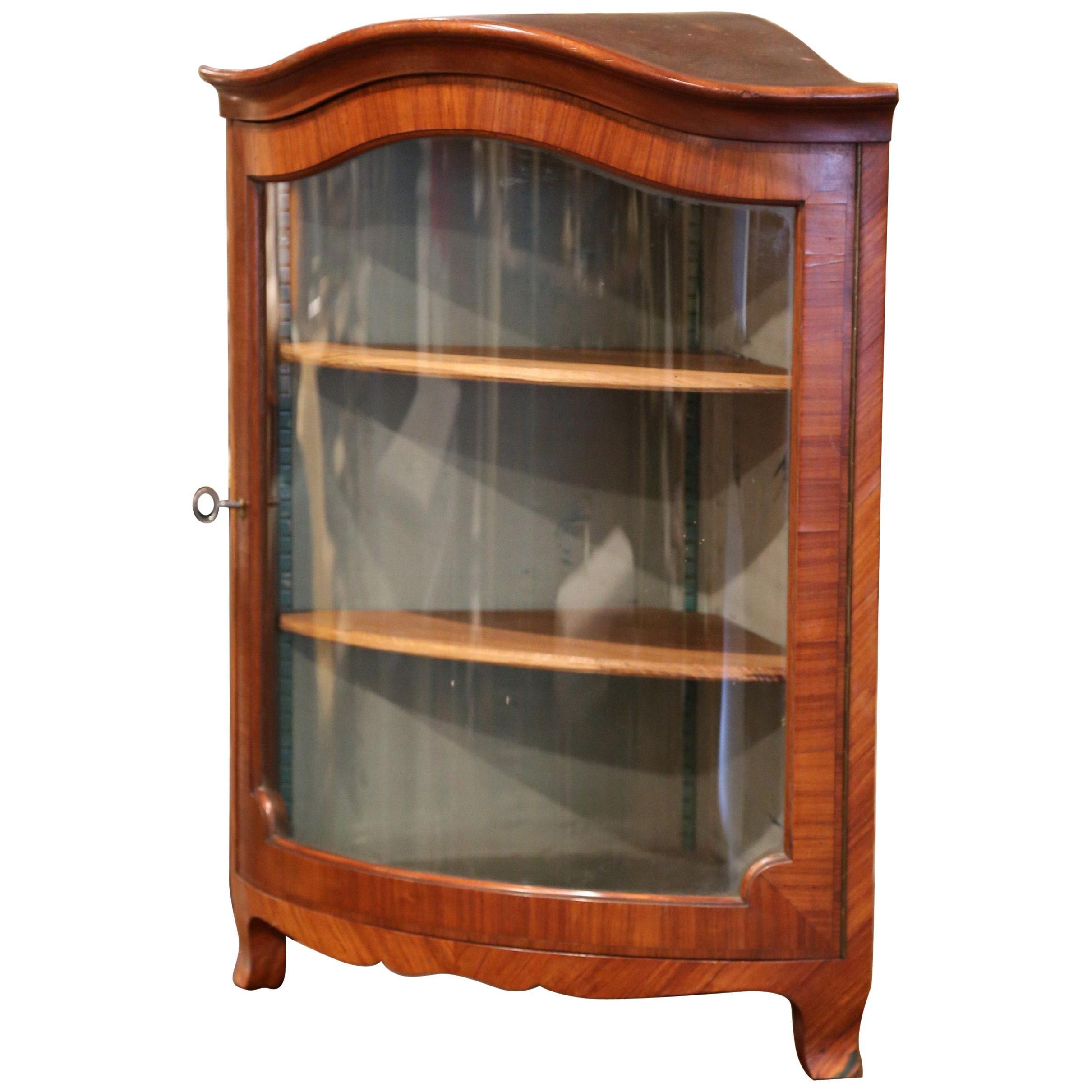 Early 20th Century Louis XV Walnut Veneer Hanging Corner Cabinet with Glass Door