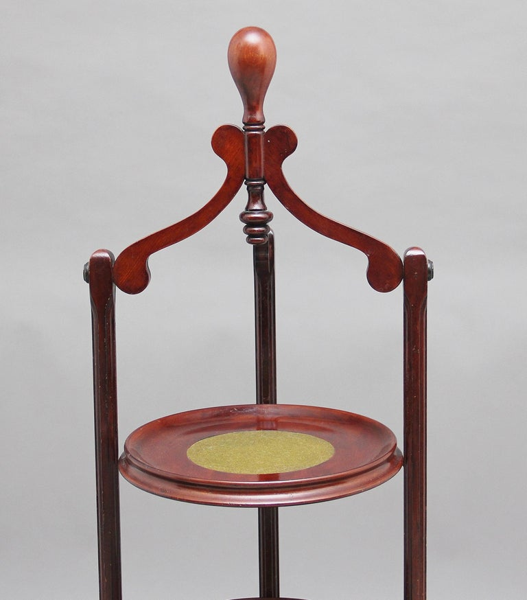 Edwardian Early 20th Century Mahogany Cake Stand For Sale