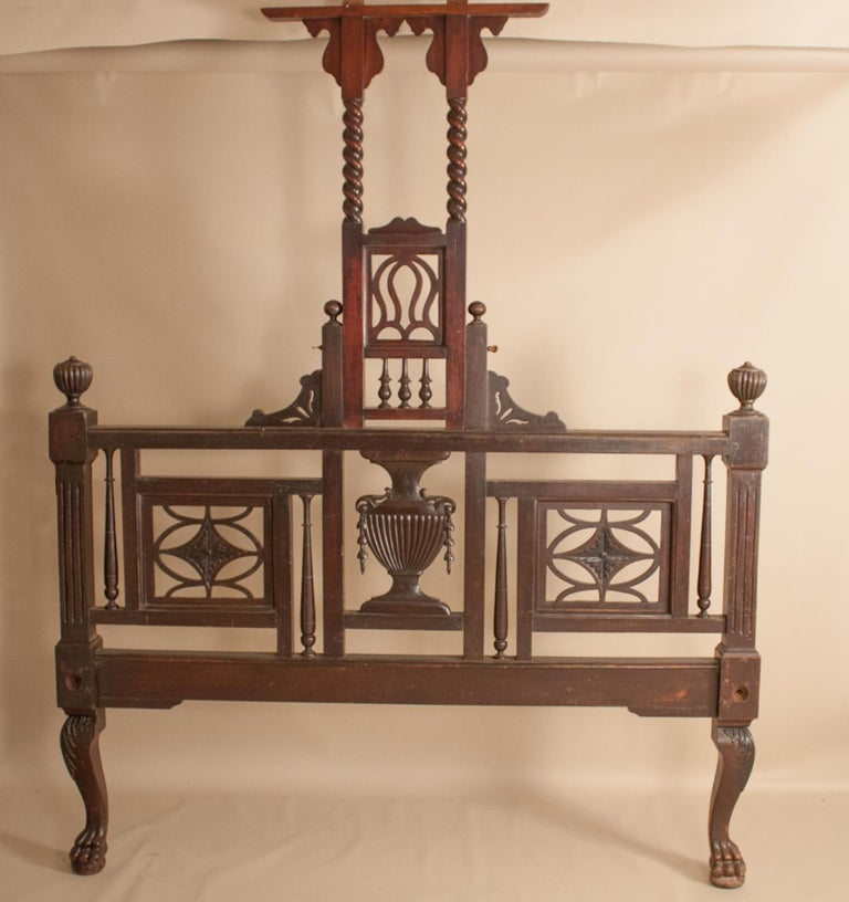 Early 20th Century Mahogany Canopy or Tester Bed from British India For Sale 10