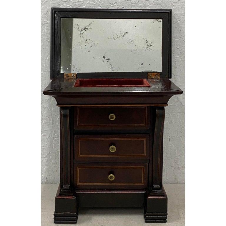 American Early 20th Century Mahogany Jewelry Box