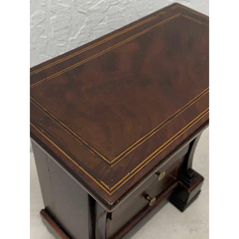 Hand-Crafted Early 20th Century Mahogany Jewelry Box