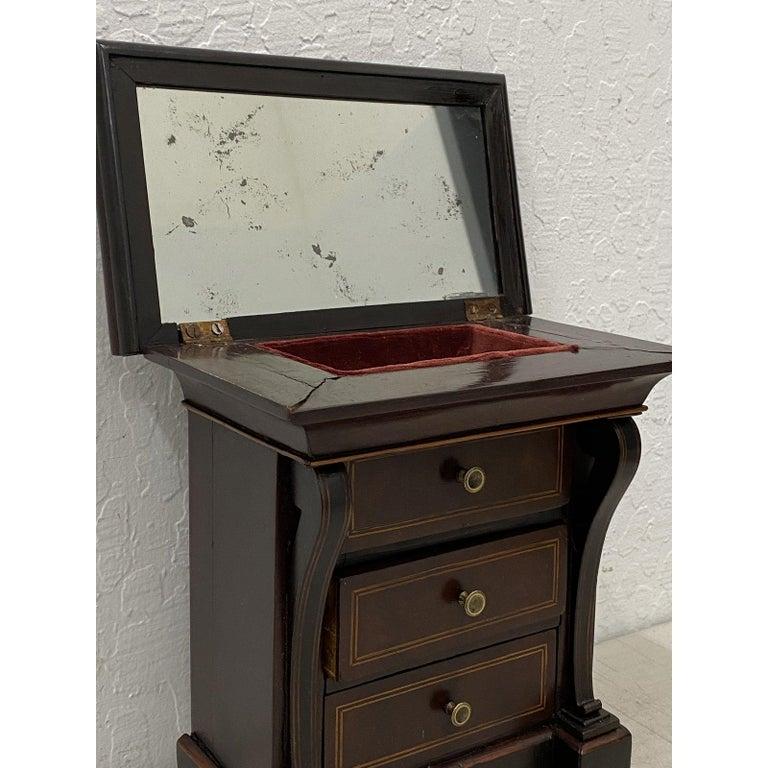 Early 20th Century Mahogany Jewelry Box 2
