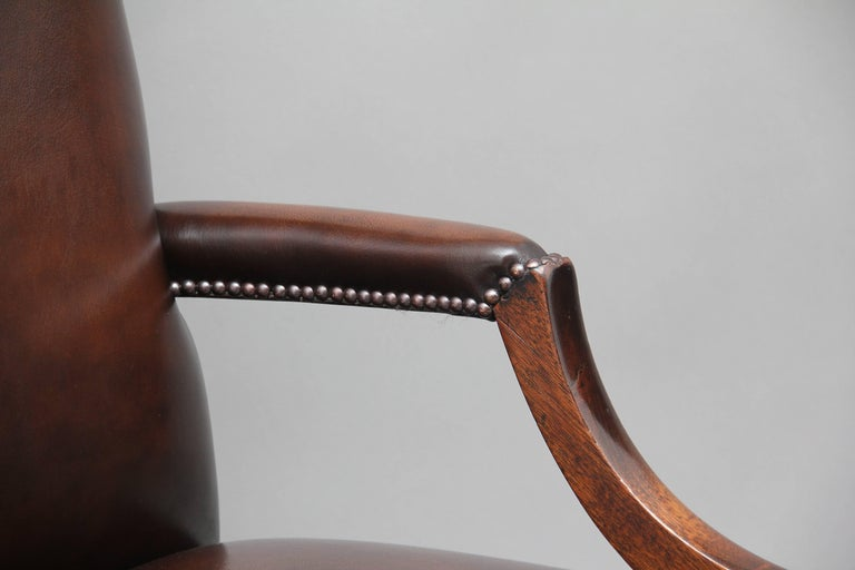 Early 20th Century Mahogany Library Chair For Sale 6