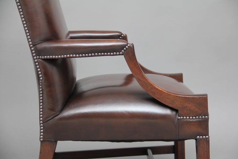 Early 20th Century Mahogany Library Chair For Sale 4