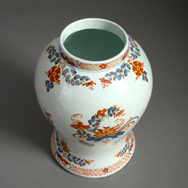 Italian Early 20th Century Maiolica Jar and Cover For Sale