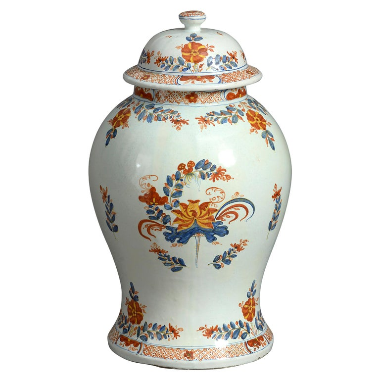 Early 20th Century Maiolica Jar and Cover For Sale