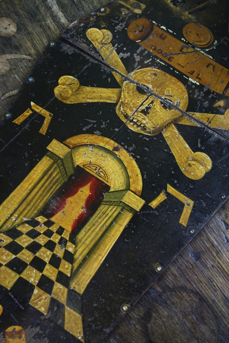 Hand-Painted Early 20th Century Masonic Freemasons Tracing Board Coffin Oil on Panel For Sale